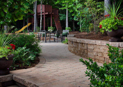 Landscaping Contractor Near Chattanooga TN - Thompson Brothers