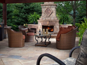 Outdoor Kitchens Fireplaces Sidewalks Retaining Walls - Thompson Brothers Landscaping